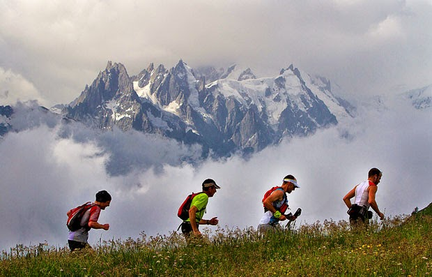 Different techniques of altitude training for athletes